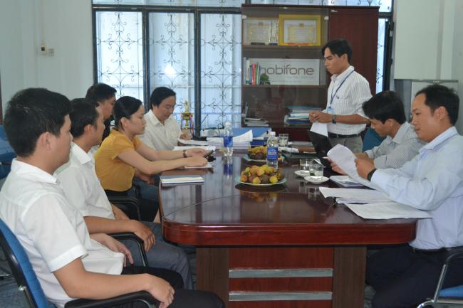 Đoàn Thanh tra Sở TT&TT thanh tra tại Mobifont Quảng Ngãi .JPG